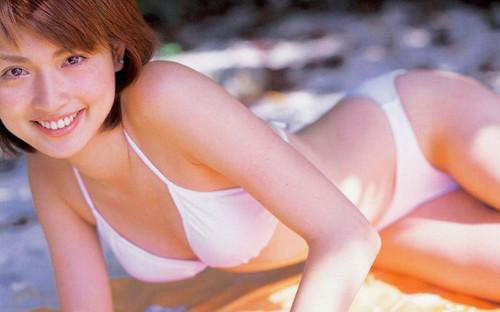 エロ画像巨乳 長谷川京子